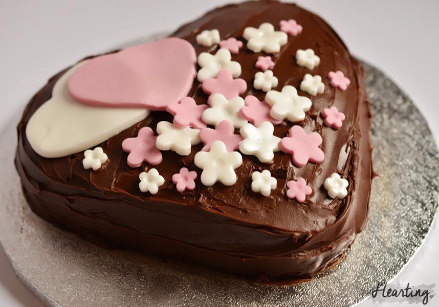 St Valentine's Love Cake