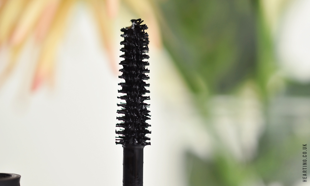 Mascara Monday #3 |  It Cosmetics Superhero Mascara
